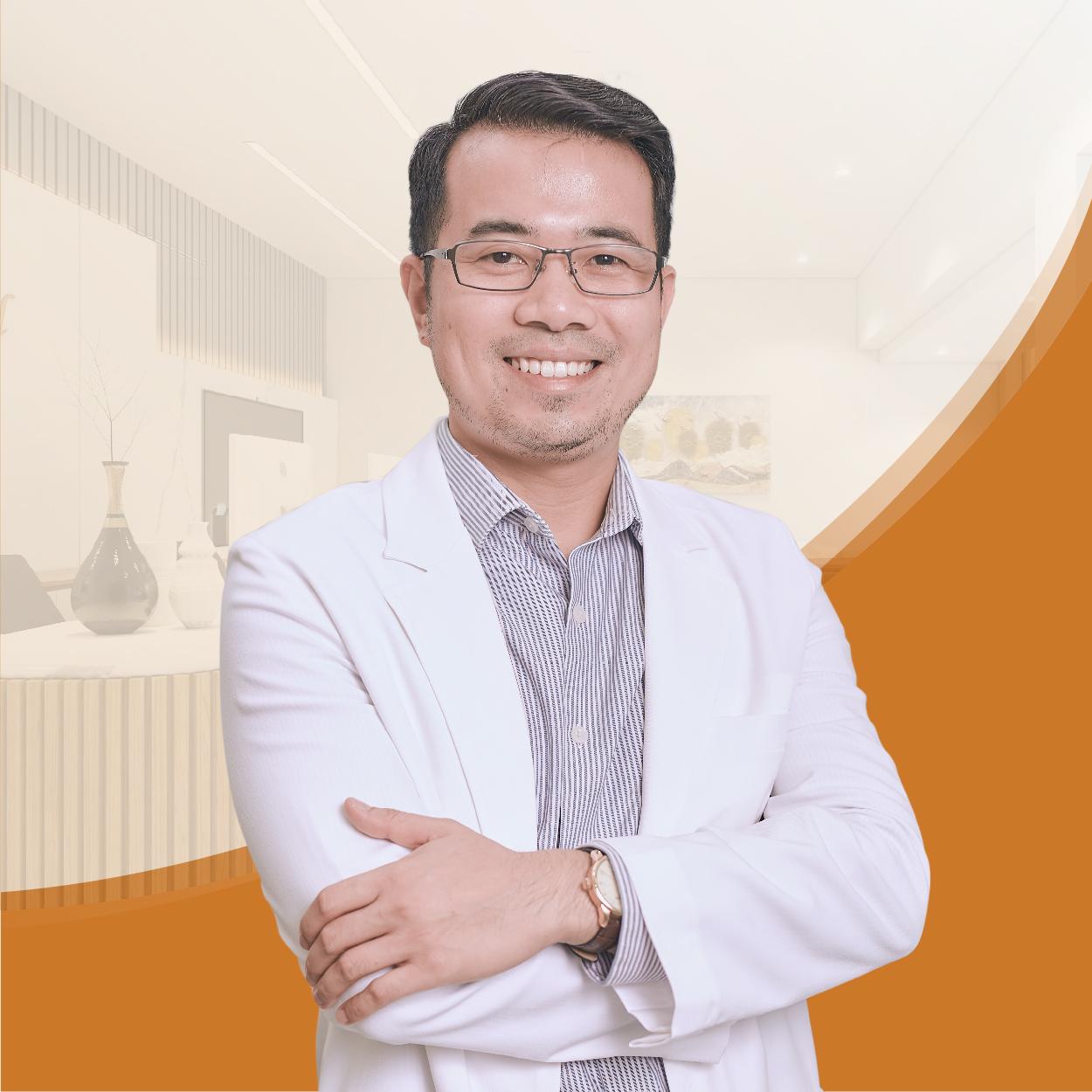 <strong>DR. HOÀNG HIẾU</strong>